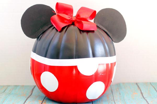 Minnie Mouse No Carve Pumpkin