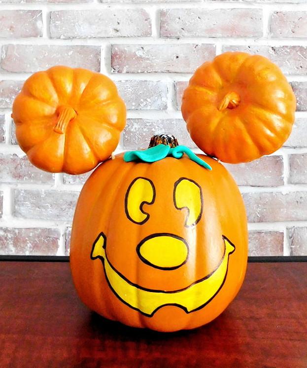 Mickey Mouse Pumpkin - DIY Painted Mickey Jack-o-Lantern